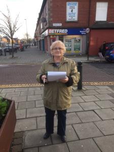 Chillingham Road litter petition & planters